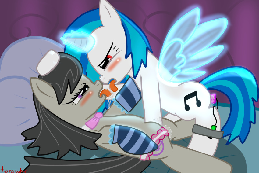 little scratch vinyl my pony Hitomi chan is shy with strangers